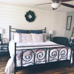 Hull Master Bedroom and Ship Lap